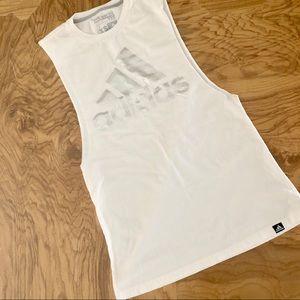 🆕💎NWOT Adidas fitness tank top